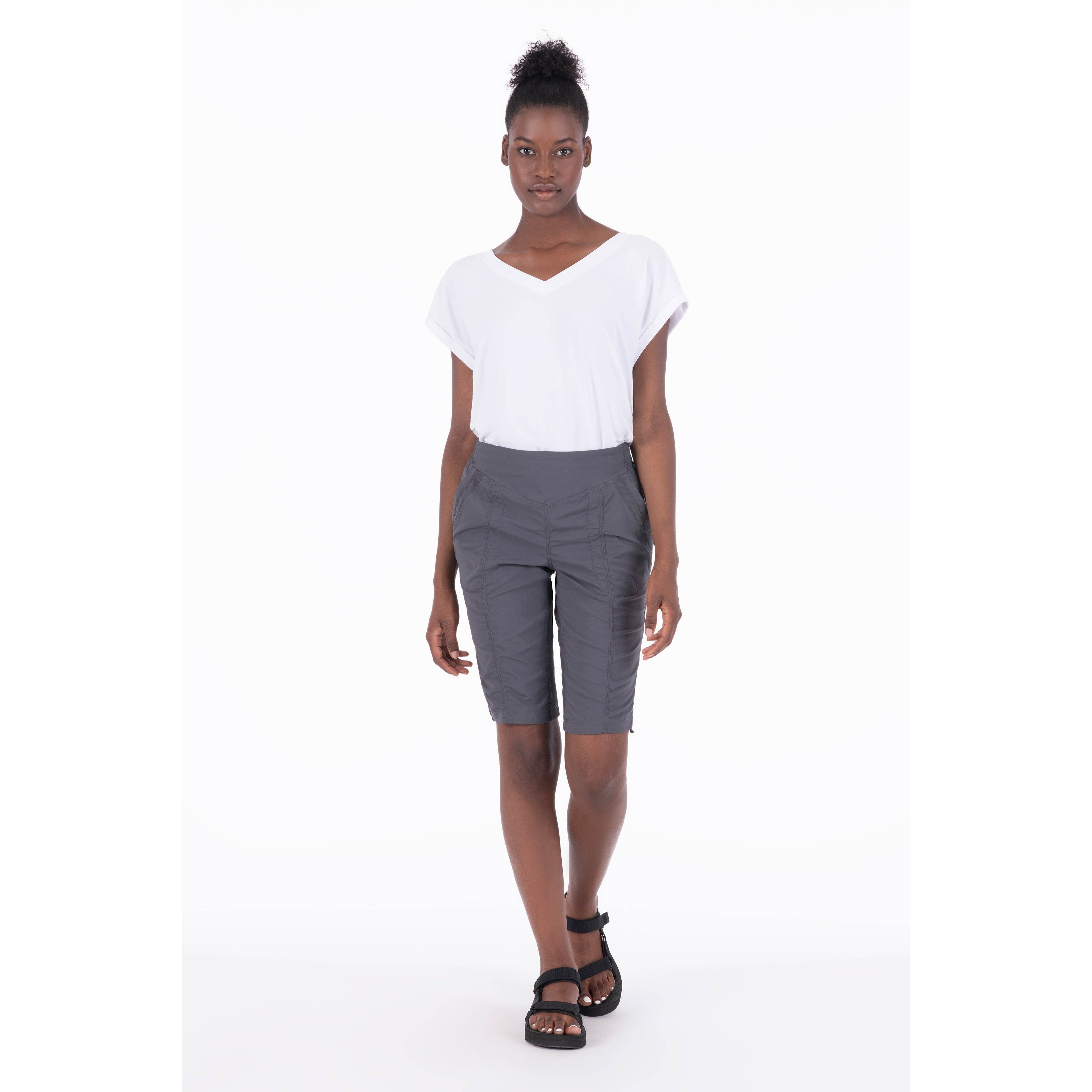 Viajar II Shorts - Women's
